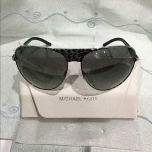 Michael Kors 0MK1006 Sadie II sunglasses
